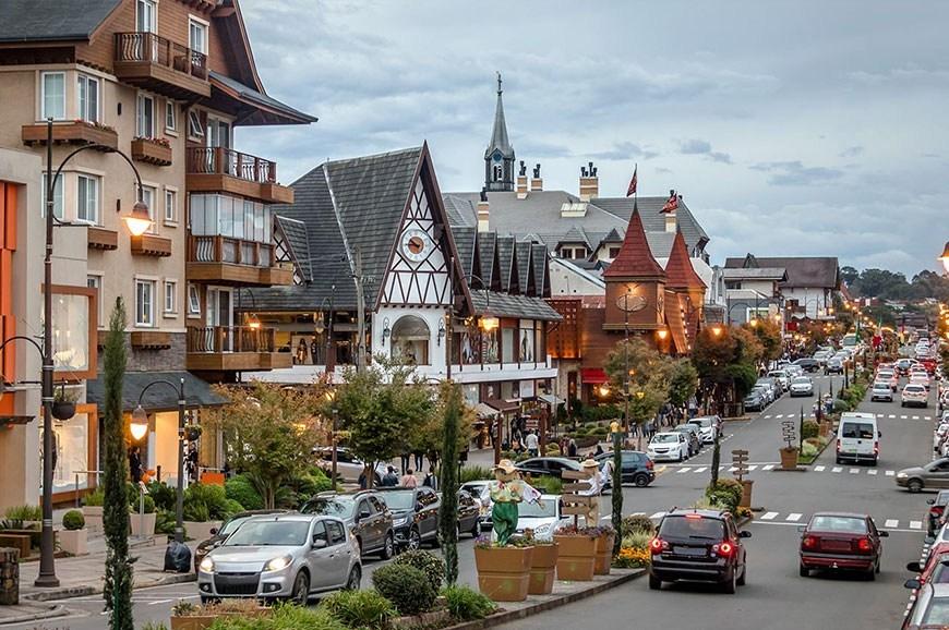 Gramado autoriza reabertura de hotéis, parques e museus